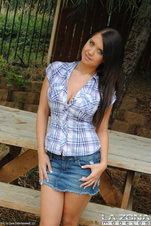 Chrissy wears no panties under her denim - XXX Dessert - Picture 2