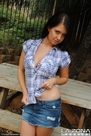 Chrissy wears no panties under her denim - XXX Dessert - Picture 3