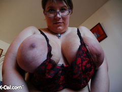 Big tittied brunette fat mom slowly taking off her tight - Picture 4