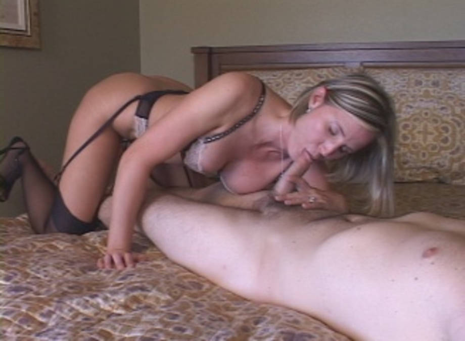 Blonde Fucks Personal Trainer