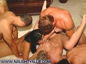 Real Amateur Couples Fucking In Big Orgy - XXX Dessert - Picture 4