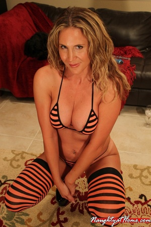 Hot Milf in Fetish Stockings Craving New - XXX Dessert - Picture 6