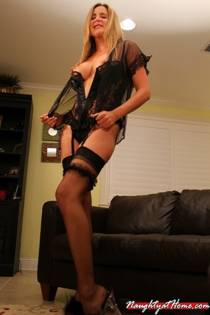 Naughty milf in lingerie and stockings w - XXX Dessert - Picture 3