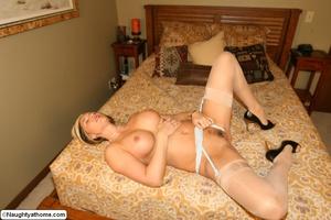 Hot & Sexy Milf Wife Spencer - XXX Dessert - Picture 17