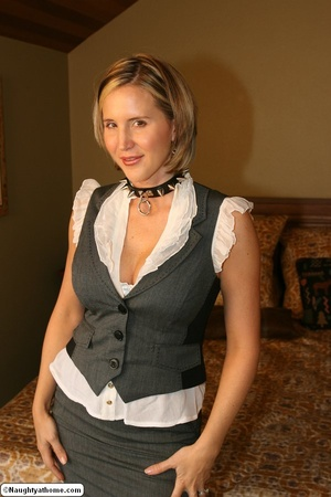 Naughty wife wearing slave collar - XXX Dessert - Picture 1