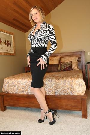 Sexy Blonde Milf Wife Strips for Her Sug - XXX Dessert - Picture 1