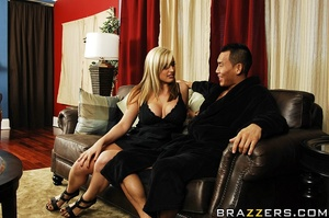 Dayna Vendetta is sick and tired of her  - XXX Dessert - Picture 6