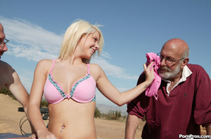 Crazy teen whore pleasing two dirty gran - XXX Dessert - Picture 4