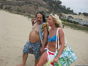Blonde Teen Addison Fucks Ron Jeremy's O - XXX Dessert - Picture 4