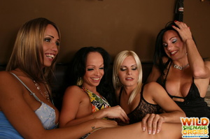 Tranny chicks have wild sex party - Picture 1