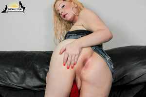 Sexy shemale with a great ass! - XXX Dessert - Picture 7