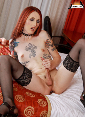 Hot shemale with tattoos and piercings! - XXX Dessert - Picture 9