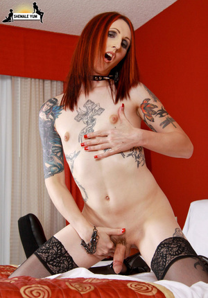 Hot shemale with tattoos and piercings! - XXX Dessert - Picture 14