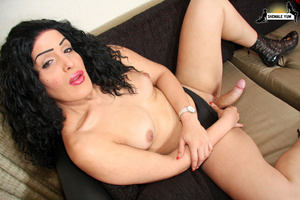Hot girl with a monster cock! - XXX Dessert - Picture 15