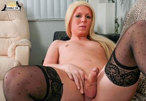 Sexy curvy blonde shemale - XXX Dessert - Picture 15