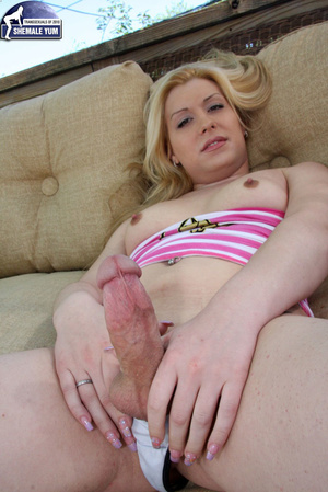 Big dicked girl next door tranny! - XXX Dessert - Picture 8