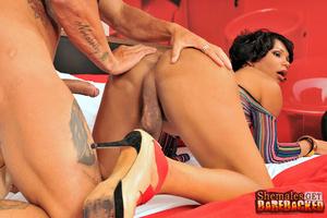 TS Brisa in no condom bareback action - XXX Dessert - Picture 6