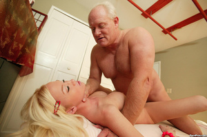This girl gets old over this old dudes c - XXX Dessert - Picture 15