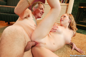 Cute blonde girl fucks dude that looks l - XXX Dessert - Picture 7