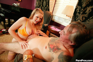 Cute blonde girl fucks dude that looks l - XXX Dessert - Picture 16