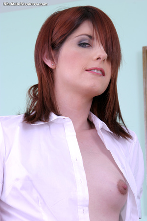 Amy is looking to hire a new personal as - XXX Dessert - Picture 5