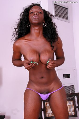 Hello, my name is Aniyah Red and I'm ver - XXX Dessert - Picture 5