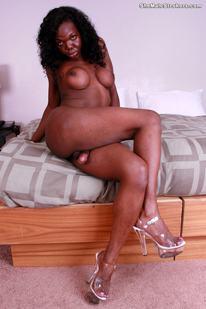 Hello, my name is Aniyah Red and I'm ver - XXX Dessert - Picture 8