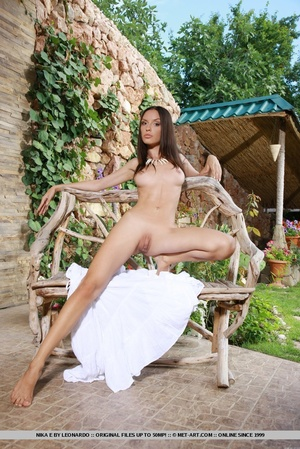Nicely-toned body, long, slender legs, a - XXX Dessert - Picture 11