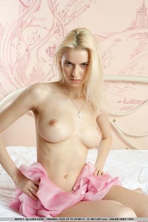 Mesmerizing vision of stunning blonde wi - XXX Dessert - Picture 16