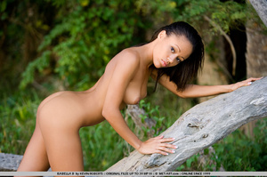 Colorful young exotic nymph has a beauti - XXX Dessert - Picture 3
