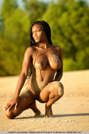 Large breasted dark skinned beauty gets  - XXX Dessert - Picture 1