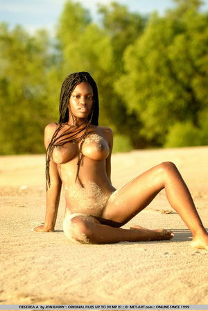 Large breasted dark skinned beauty gets  - XXX Dessert - Picture 8