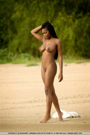 Large breasted dark skinned beauty gets  - XXX Dessert - Picture 17