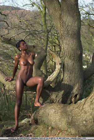 Aubrey is wonderful woman of color in th - XXX Dessert - Picture 3