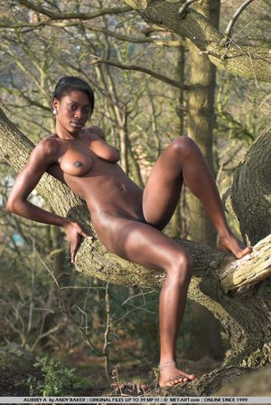 Aubrey is wonderful woman of color in th - XXX Dessert - Picture 4