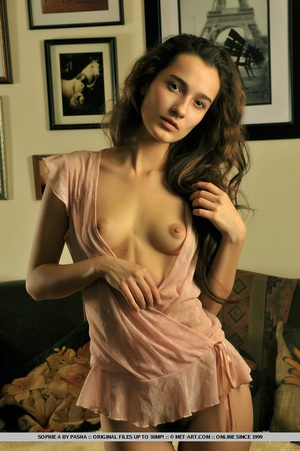 Powerfully erotic photos of pure feminin - XXX Dessert - Picture 3