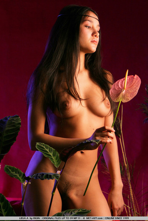 Sensual exotic dark featured girl looks  - XXX Dessert - Picture 7
