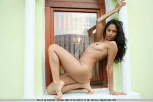 Latina paradise from this tanned beauty  - XXX Dessert - Picture 2