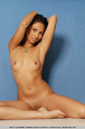 Dark skinned Latina with a hot petite bo - XXX Dessert - Picture 10