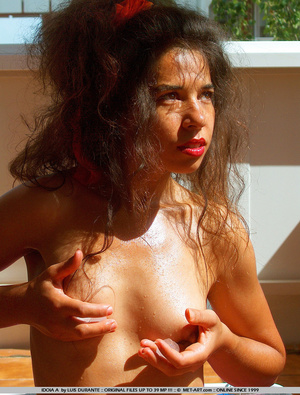 Latina with big sexy lips and blazing ey - XXX Dessert - Picture 18