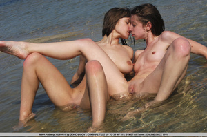 Time to go to the beach and watch 2 fun  - XXX Dessert - Picture 4
