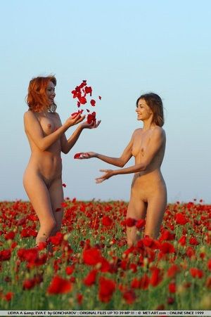 Tags: Duo, flowers, lesbian, lovely brea - XXX Dessert - Picture 6