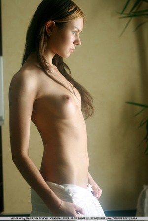 This new model has perfect breasts and n - XXX Dessert - Picture 10