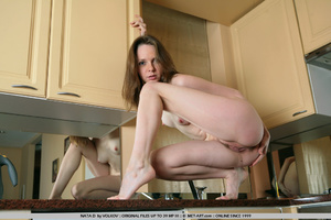 She is a wonder on the cams , moving and - XXX Dessert - Picture 5