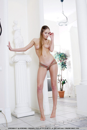 Completely sensual and beautiful Veronik - XXX Dessert - Picture 7