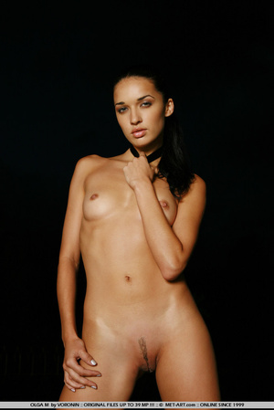 Tall dark haired bombshell is completely - XXX Dessert - Picture 11