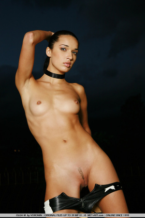 Tall dark haired bombshell is completely - XXX Dessert - Picture 13