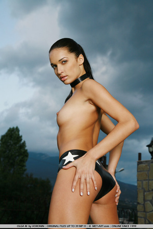 Tall dark haired bombshell is completely - XXX Dessert - Picture 16