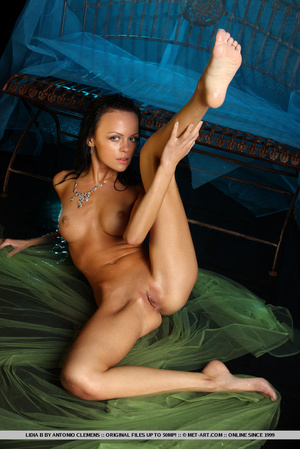 An impressive erotic display of petite,  - XXX Dessert - Picture 14
