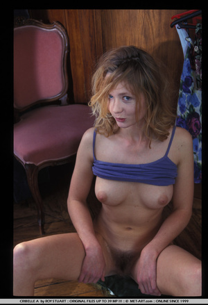This set has a cute blonde playing dress - XXX Dessert - Picture 4